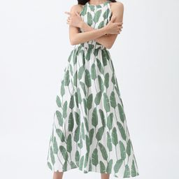 Summer Palm Leaf Print Halter Neck Maxi Dress in Green | Chicwish