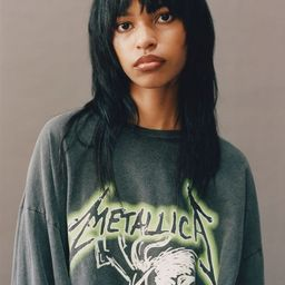 Metallica Oversized Long Sleeve Tee   Urban Outfitters (US and RoW)