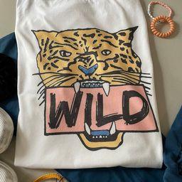 Tiger wild/Unisex tee/ vintage feel | Etsy (US)