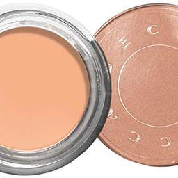 BECCA - Under Eye Brightening Corrector, Light to Medium: Pearlized, peachy-pink, 0.16 oz. | Amazon (US)