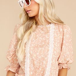 Spring Up Daisy Peach Floral Print Top | Red Dress