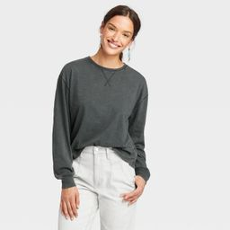 Women's Long Sleeve Boxy T-Shirt - Universal Thread™ | Target
