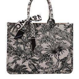 'Talia' Animal Embroidered Tote Bag | Goodnight Macaroon
