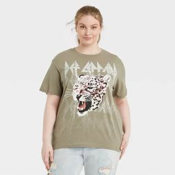 Women's Def Leppard Animal Print Logo Short Sleeve Graphic T-Shirt | Target