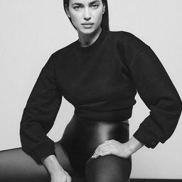 Crop Sweatshirt | Black | DL 1961 Women