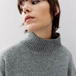 Oversized polo-neck jumper | H&M (UK, IE, MY, IN, SG, PH, TW, HK, KR)