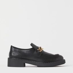 Chain-detail loafers | H&M (UK, IE, MY, IN, SG, PH, TW, HK, KR)