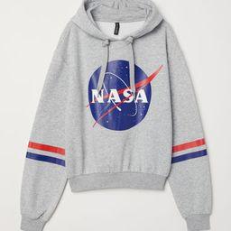 H & M - Printed Hooded Sweatshirt - Gray   H&M (US)