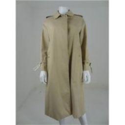 Burberrys Size L/XL Sand Button Down Mac Burberrys - Size: L - Beige - Casual jacket / coat | Oxfam Online Shop