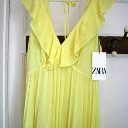 Details about  BNWT Zara Yellow Pleated Maxi/Midi V Plunge Open Back Dress XS/8 Bloggers   eBay UK
