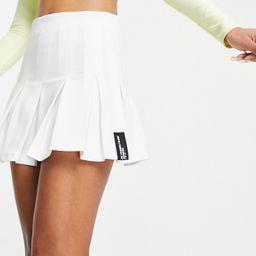 Bershka pleated mini tennis skirt in white | ASOS (Global)