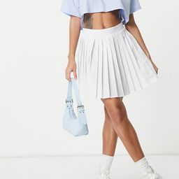 Missguided pleated tennis skirt in white   ASOS (Global)