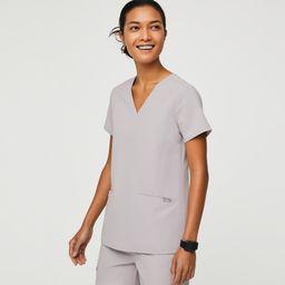 Women's Casma Three-Pocket Scrub Top · FIGS | FIGS