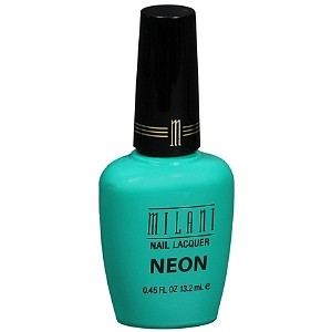 fresh-teal-neon-nail-laquer