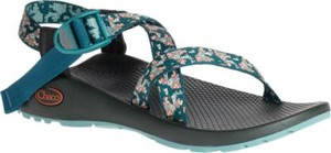 d4bb2182b77 The Best Travel Sandals  A Chacos Buying Guide - Hippie In Heels