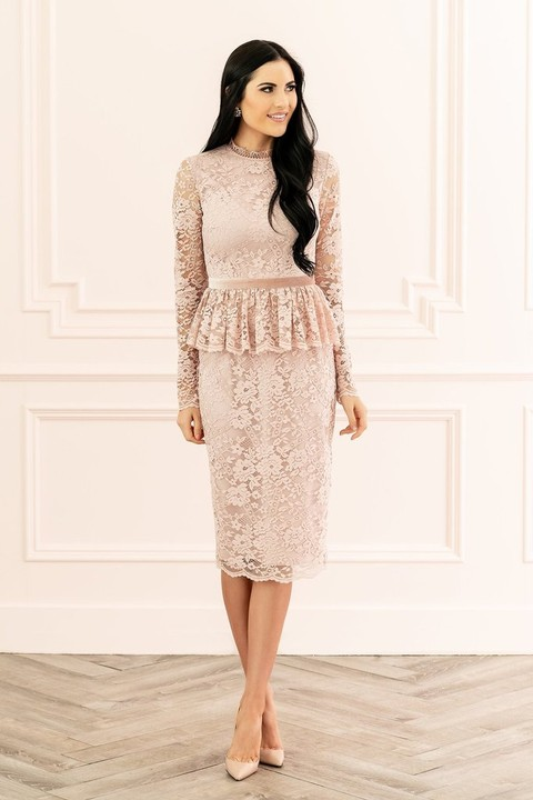 a3a251dc7094 Fabulous Bridal Shower Dresses to Wear if You re the Bride!