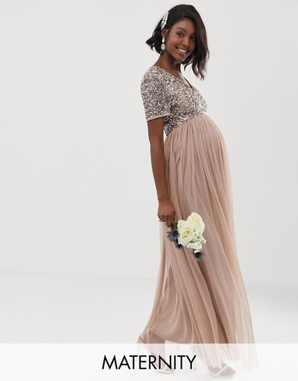 d22ec868e3778 ... by ASOS and checking out their special occasion maternity dresses  section. Here are some of my favorites for formal events during the holiday  season!