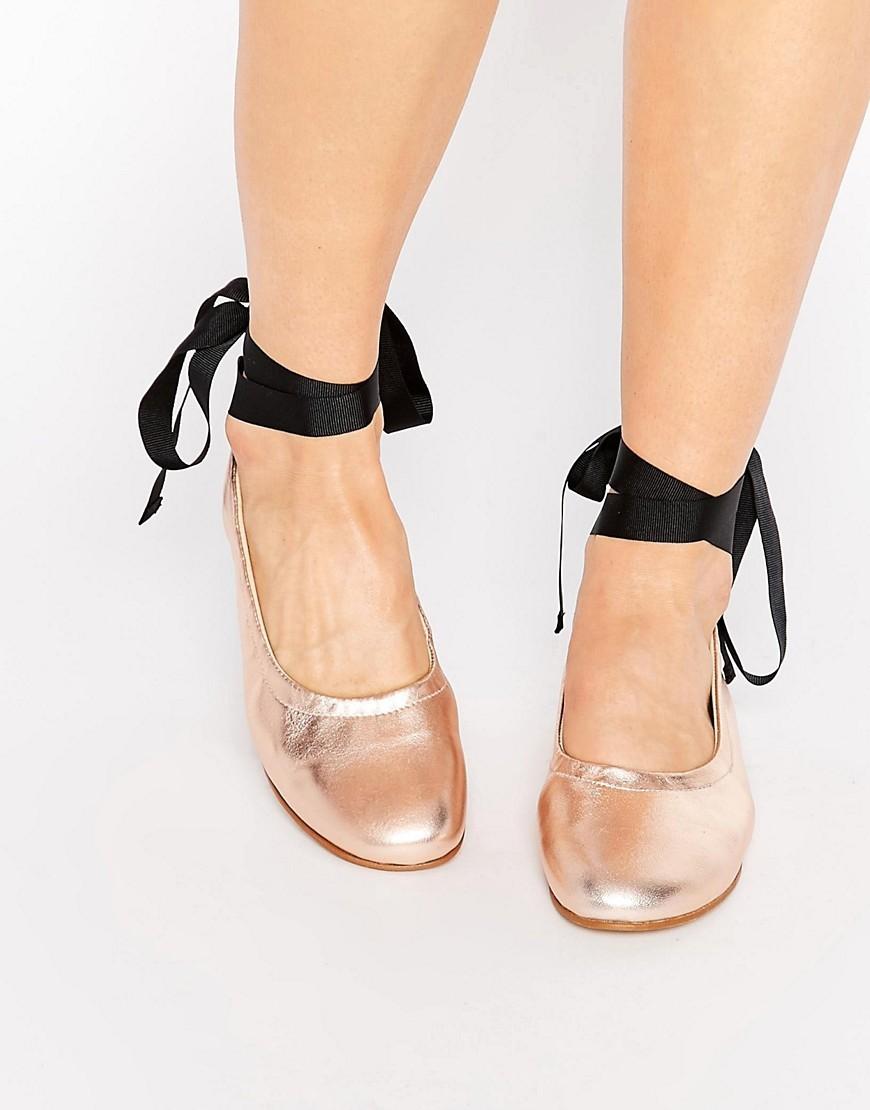 find ballerinas damen aus rauleder mit kn chelriemen und schn rung schwarz black 40 eu. Black Bedroom Furniture Sets. Home Design Ideas