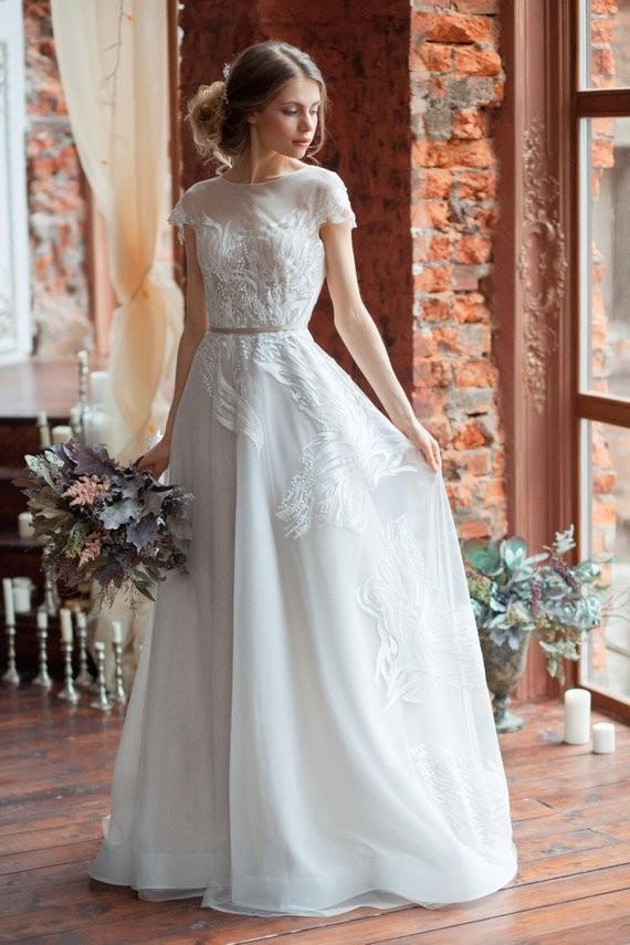 20 ultra chic wedding dresses for the modern romantic bride 85840 junglespirit Choice Image