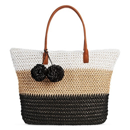 There Are 4 Different Styles Of The Super Cute Merona Women S Straw Tote Handbags On Clearance For Only 6 98 Reg 16 99 At Target