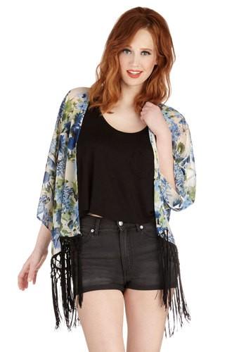 How to Wear a Kimono Jacket -Bridgette Raes Style Expert