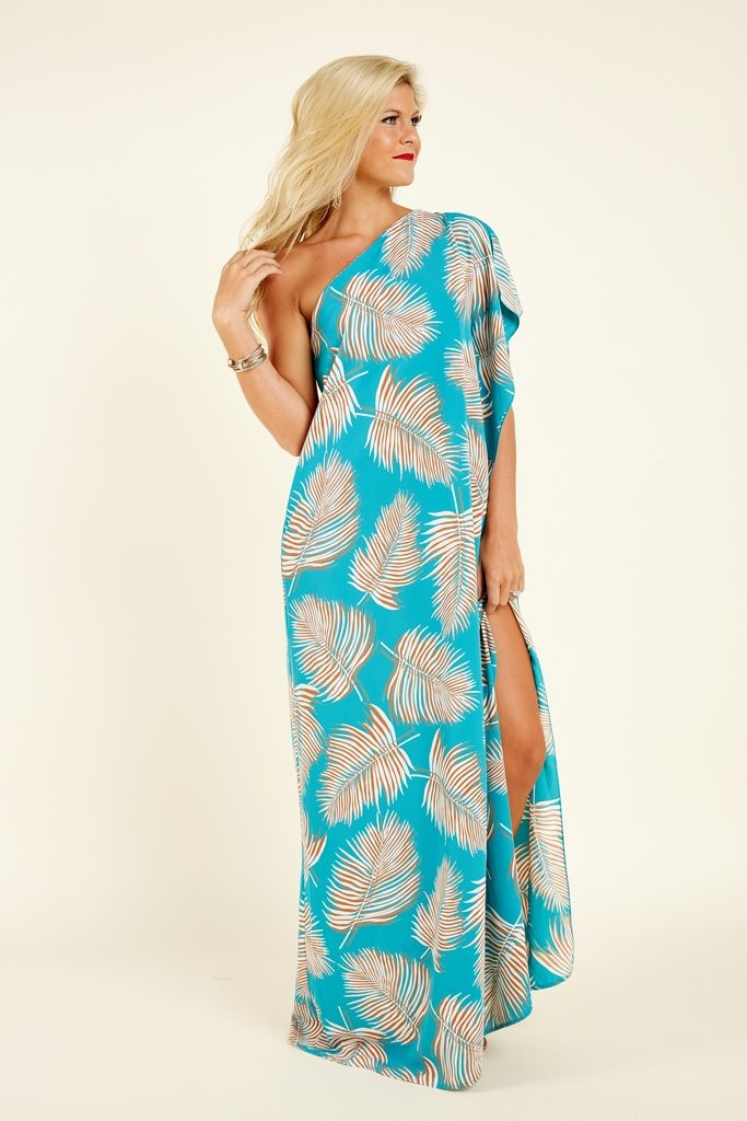 Some Current Favorite Beach Wedding Guest Dresses And Styles