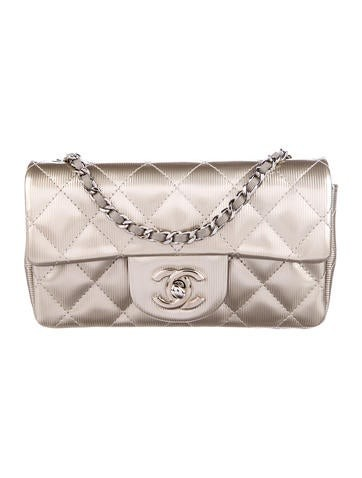 fb9d5a4debfb Vintage Chanel Bags  The best places to buy and sell authentic ...