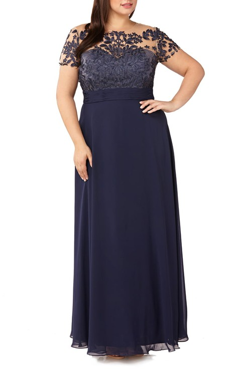 567bb114859 Plus Size Mother of the Bride Dresses